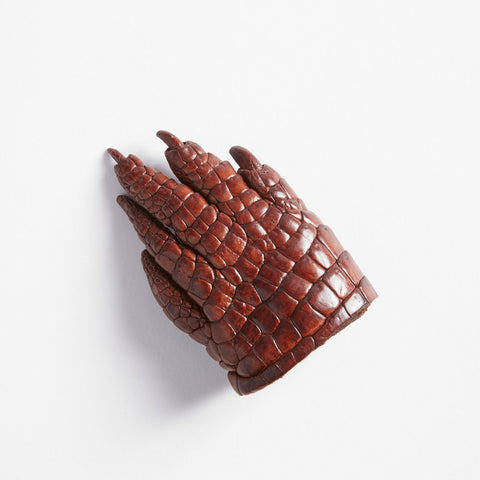 Crocodile Leather Claw Magnet