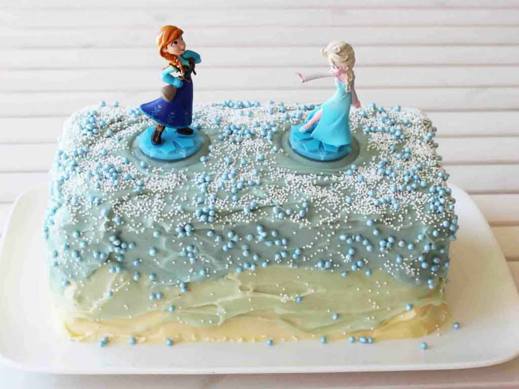 Disney Frozen Birthday Party Food Ideas - Disney Frozen Cake - Happy Tummies