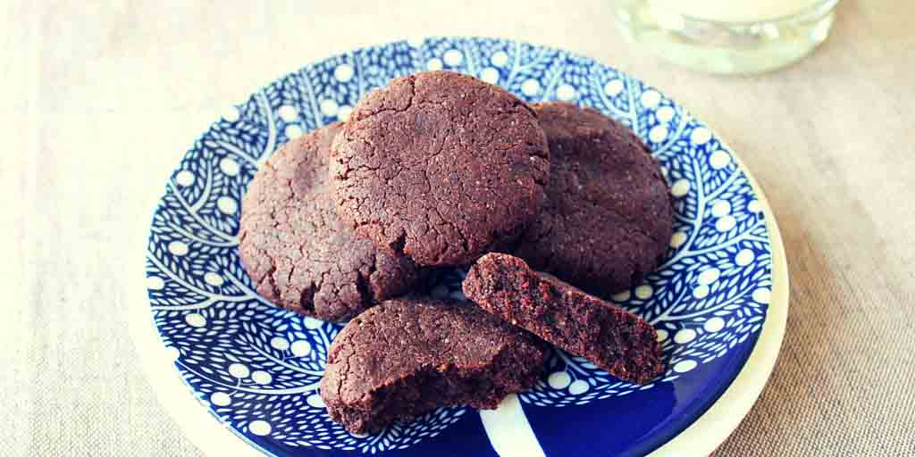 Gluten Free Chocolate Biscuits - Happy Tummies