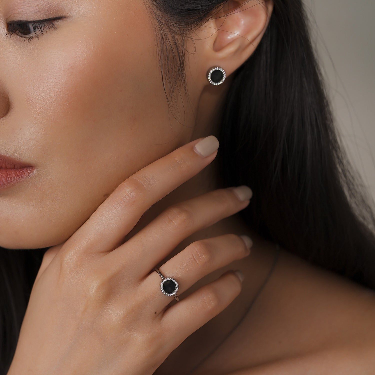 ETERNITY 緣 Earring Studs in Black Jade