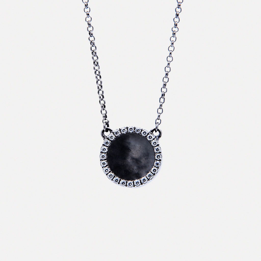 ETERNITY 緣 Necklace in Black Jade