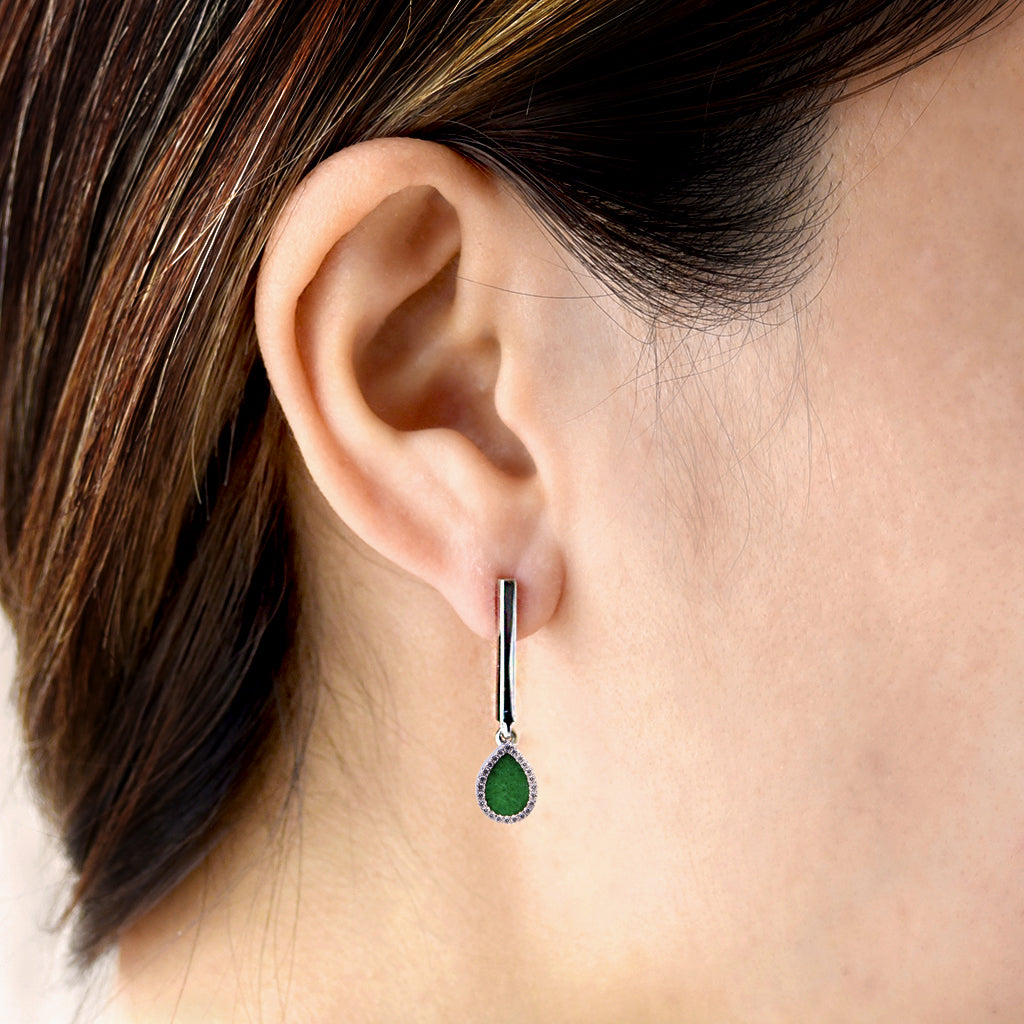 AQUA 水 Dangling Earrings in Green Jade