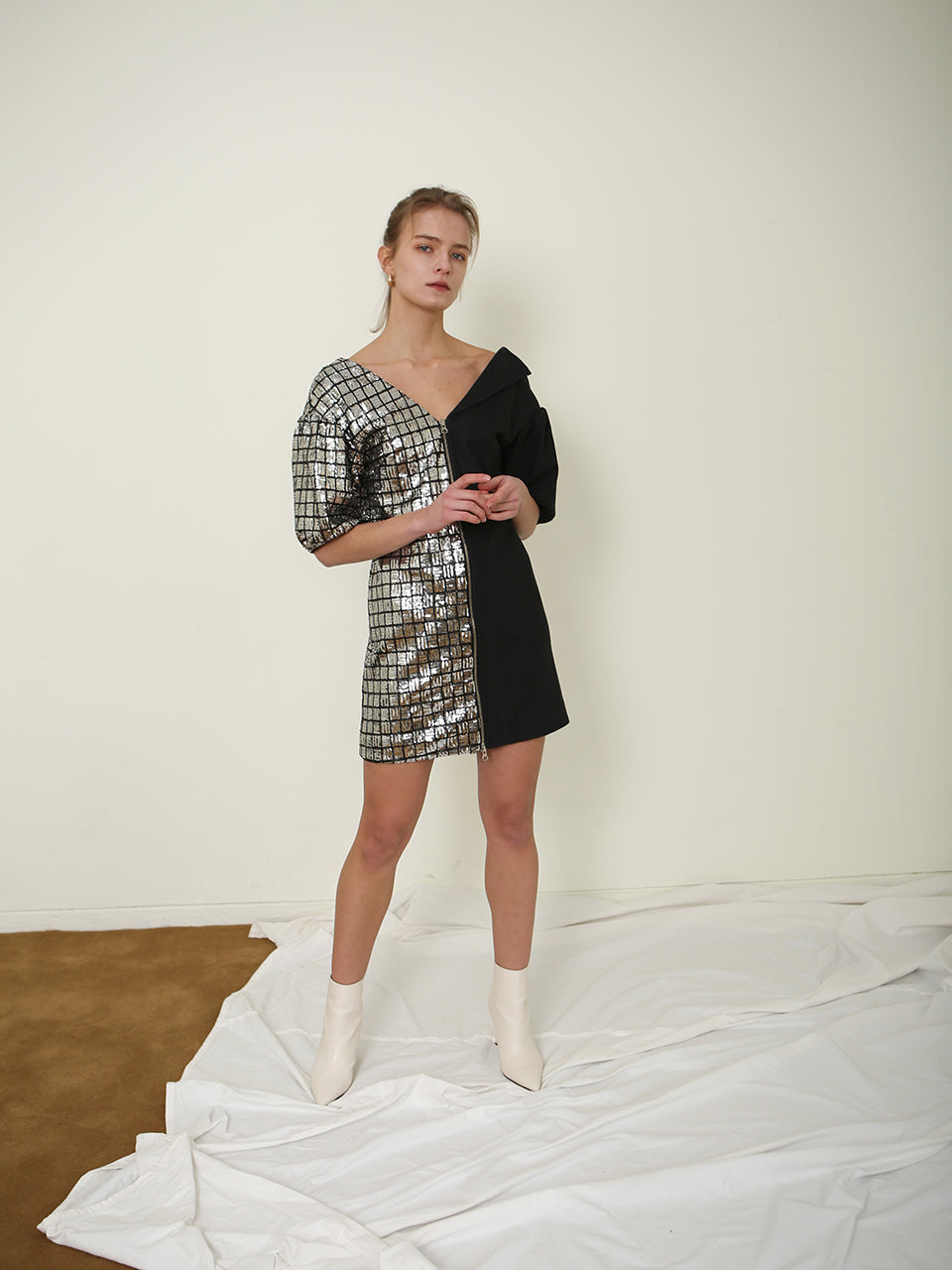 SAMANTHA SEQUINED PUFF SLEEVE MINI DRESS