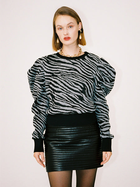 LOLA ZEBRA SWEATER_GREY