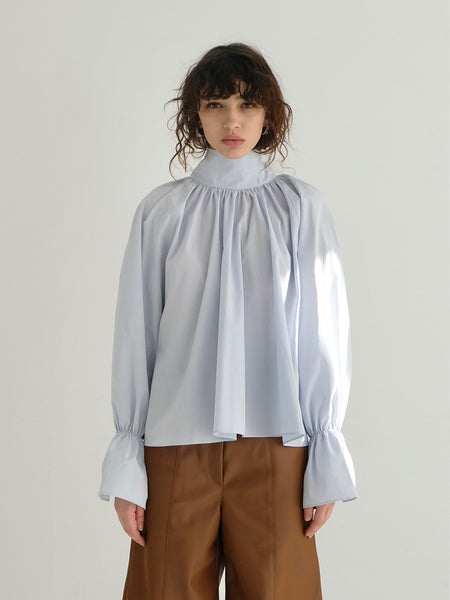 MAGGIE SHIRRED BLOUSE_BLUE