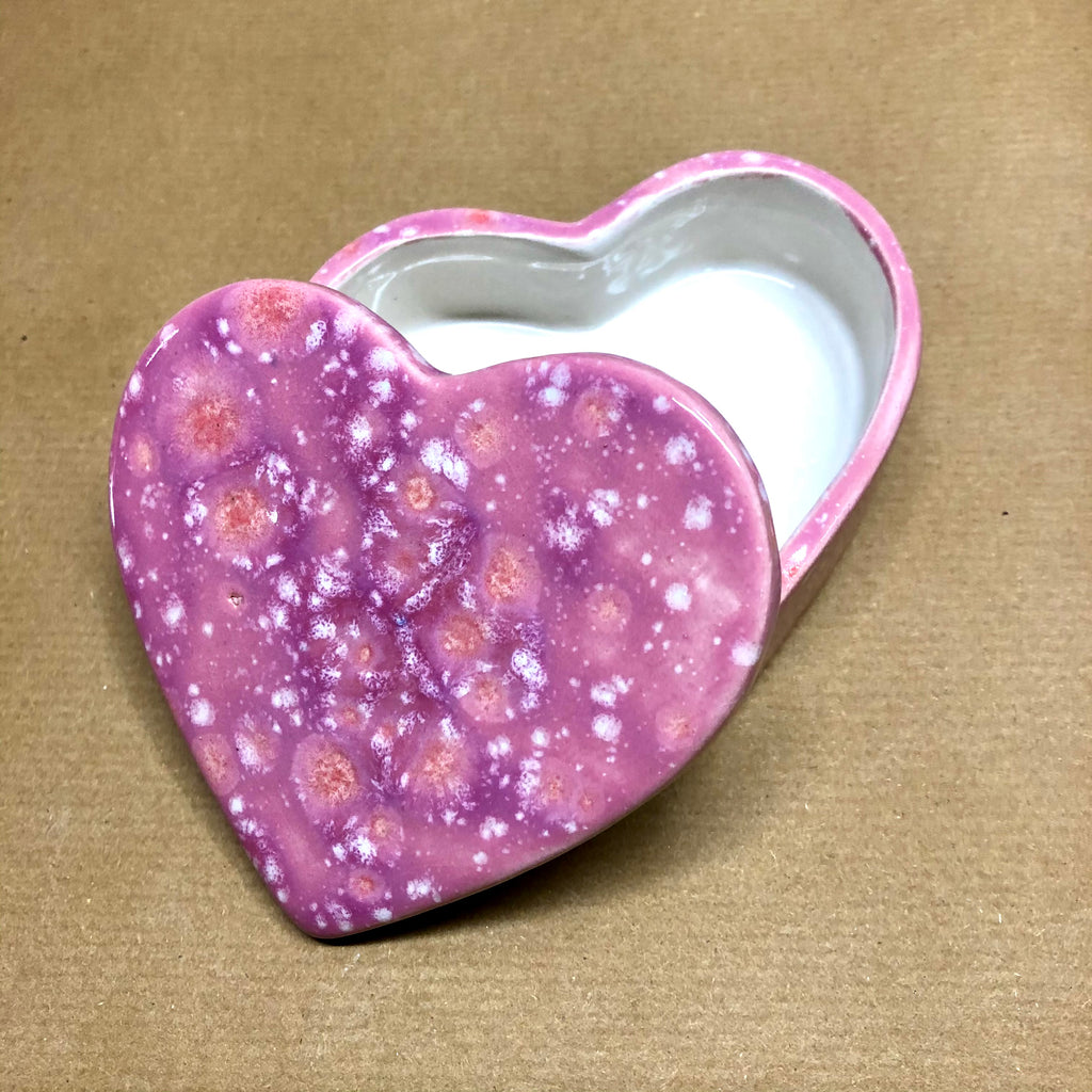 Heart medium trinket box - Raspberry Beret
