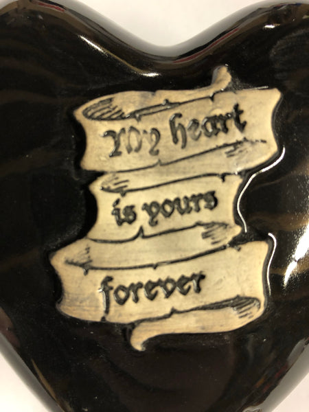 """My heart is yours"" Heart shaped box Black"