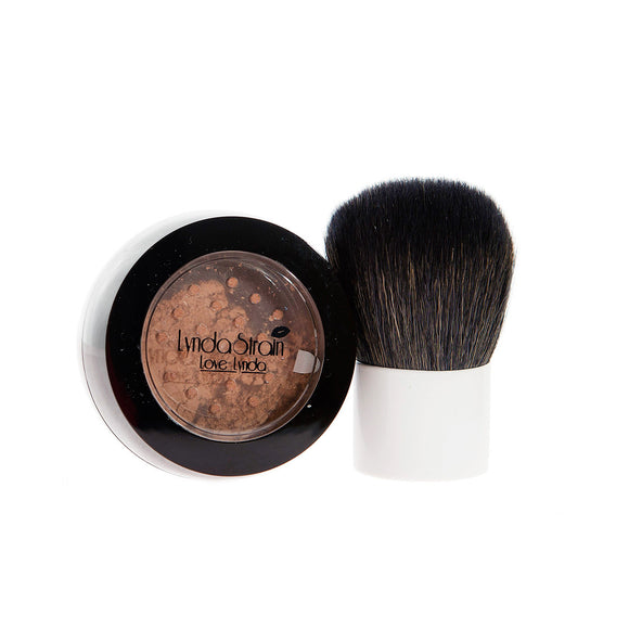 Love Lynda Mineral Foundation - LL Cool 3