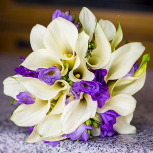 Bouquet of Freesia & Calla Blend