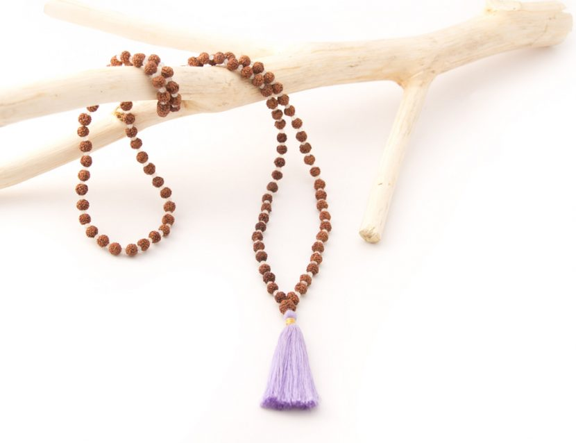 Aksh Rainbow Moonstone - Divine Yoga Shop