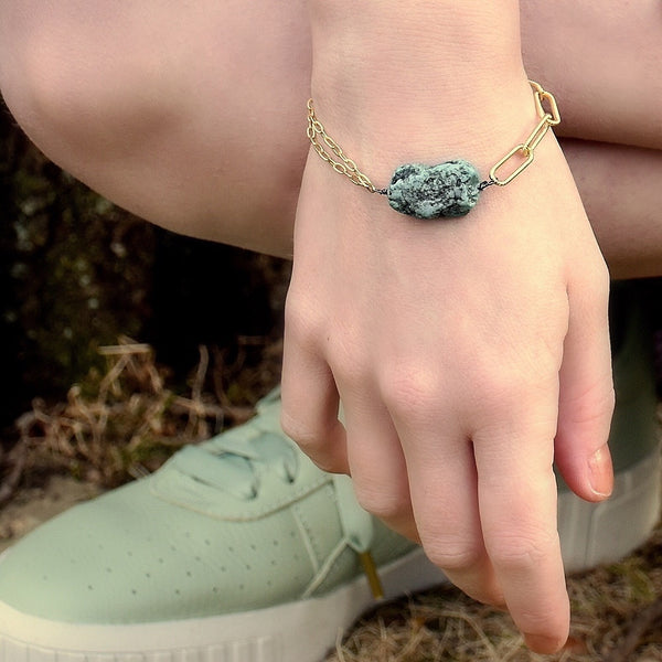 Vivid Lagoon Link Bracelet (exclusively-ours)