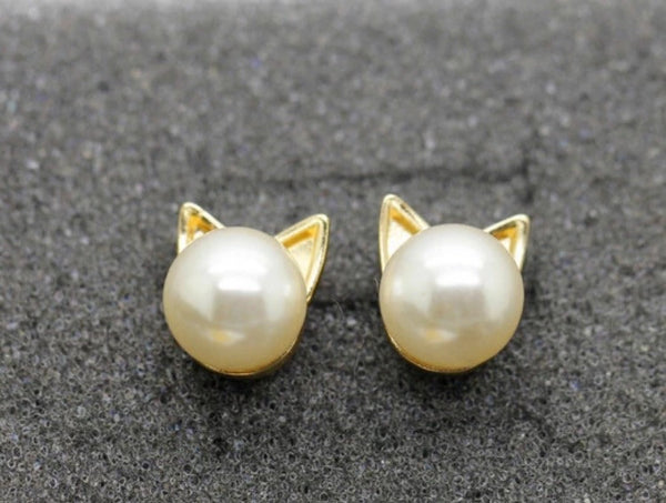 Pearl Kitty Earrings