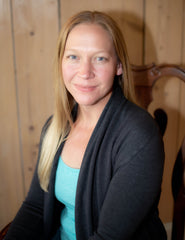 photo of Rachel Powell Founder of BEAUTY IN THE Raw