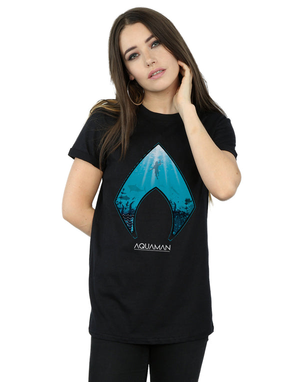 DC Comics Women's Aquaman Ocean Logo Boyfriend Fit T-Shirt