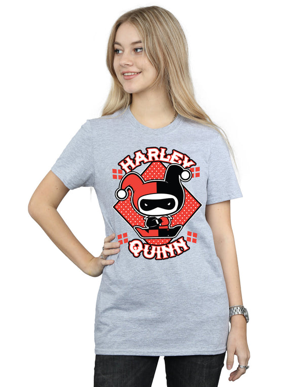 DC Comics Women's Chibi Harley Quinn Badge Boyfriend Fit T-Shirt | Absolute Cult
