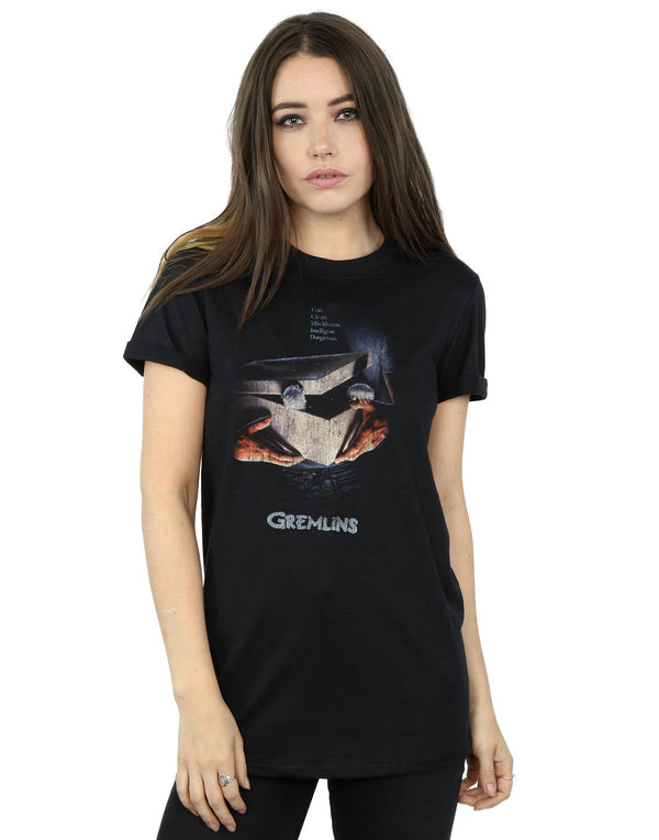 Gremlins Women's Gizmo Distressed Poster Boyfriend Fit T-Shirt