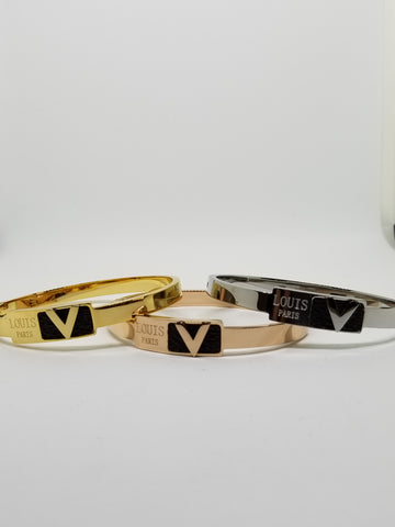 The V bangle bracelet - The Fashion Armoire Ltd. Co.