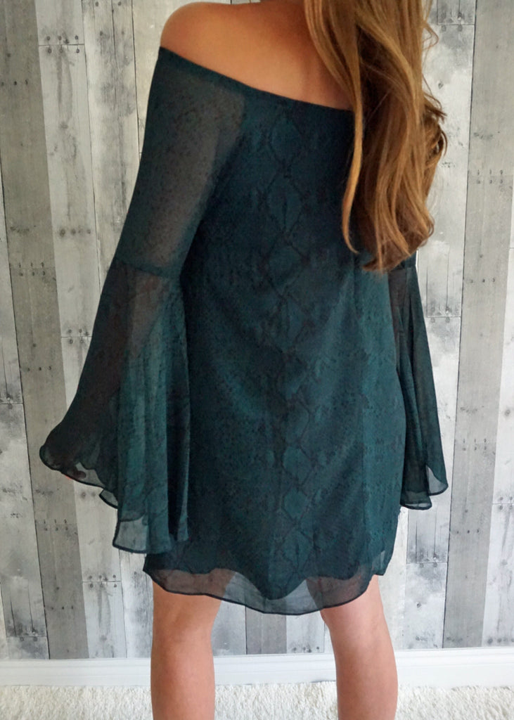 Black and Green Snake Bell Sleeve Dress