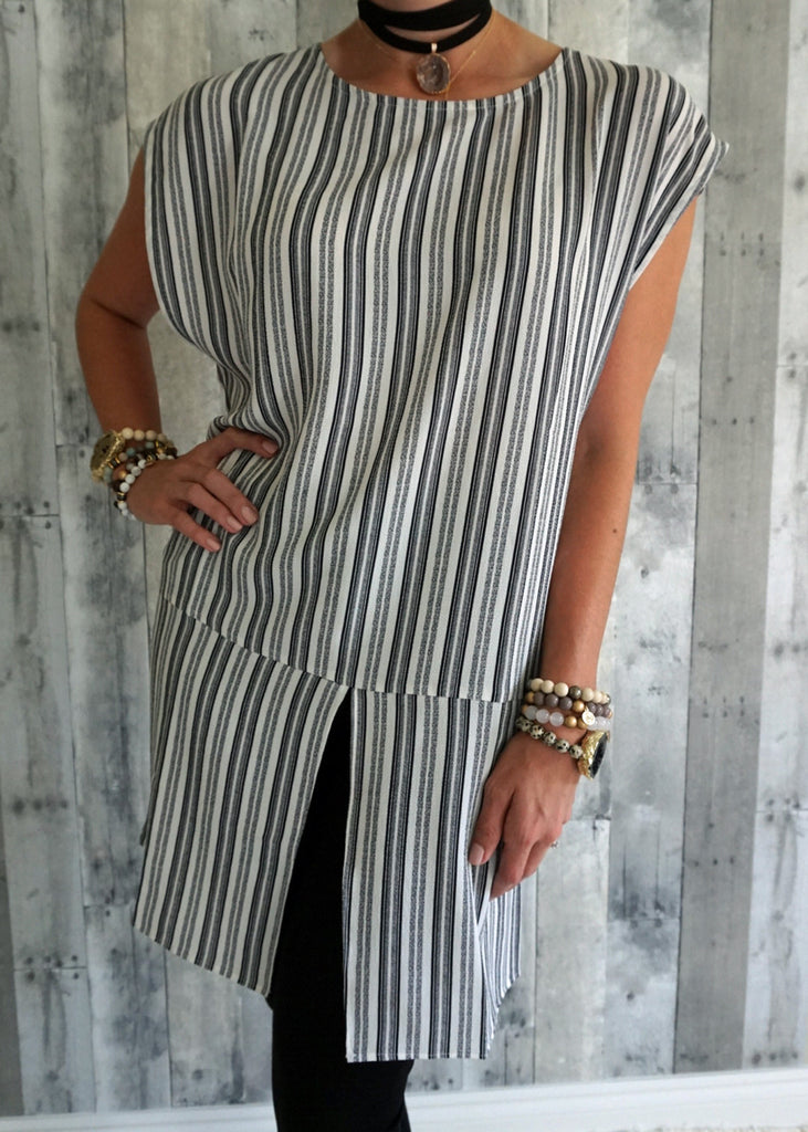 Sleeveless Round Neck Striped Mod Top