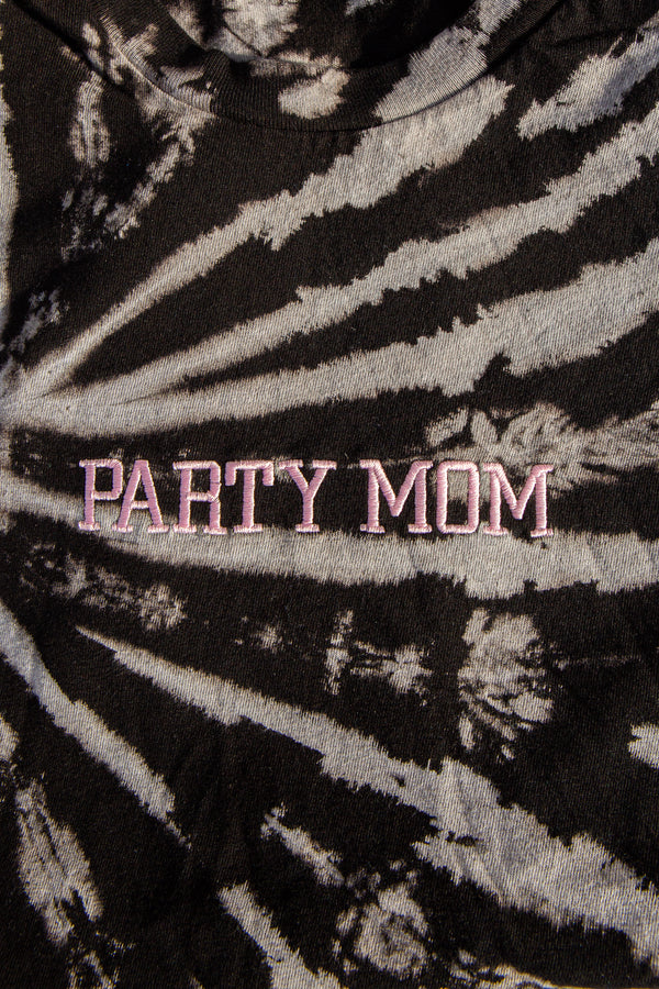 PARTY MOM Tie Dye
