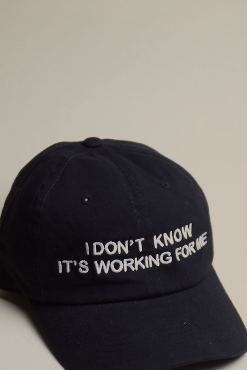 IT'S WORKING FOR ME Dad Cap Black/White
