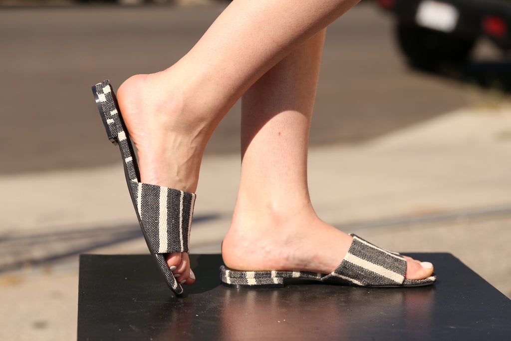 JESSICA Black Stripe