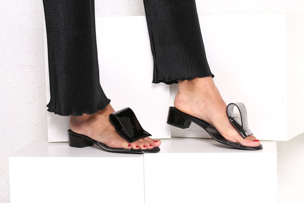 Intentionally Blank ANNEX - Classic heels - black