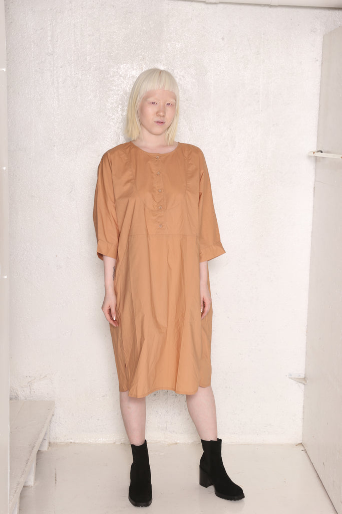 THOMPSON dress beige