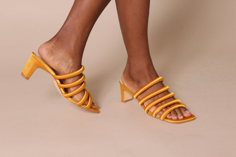 WILLOW III Mustard Satin