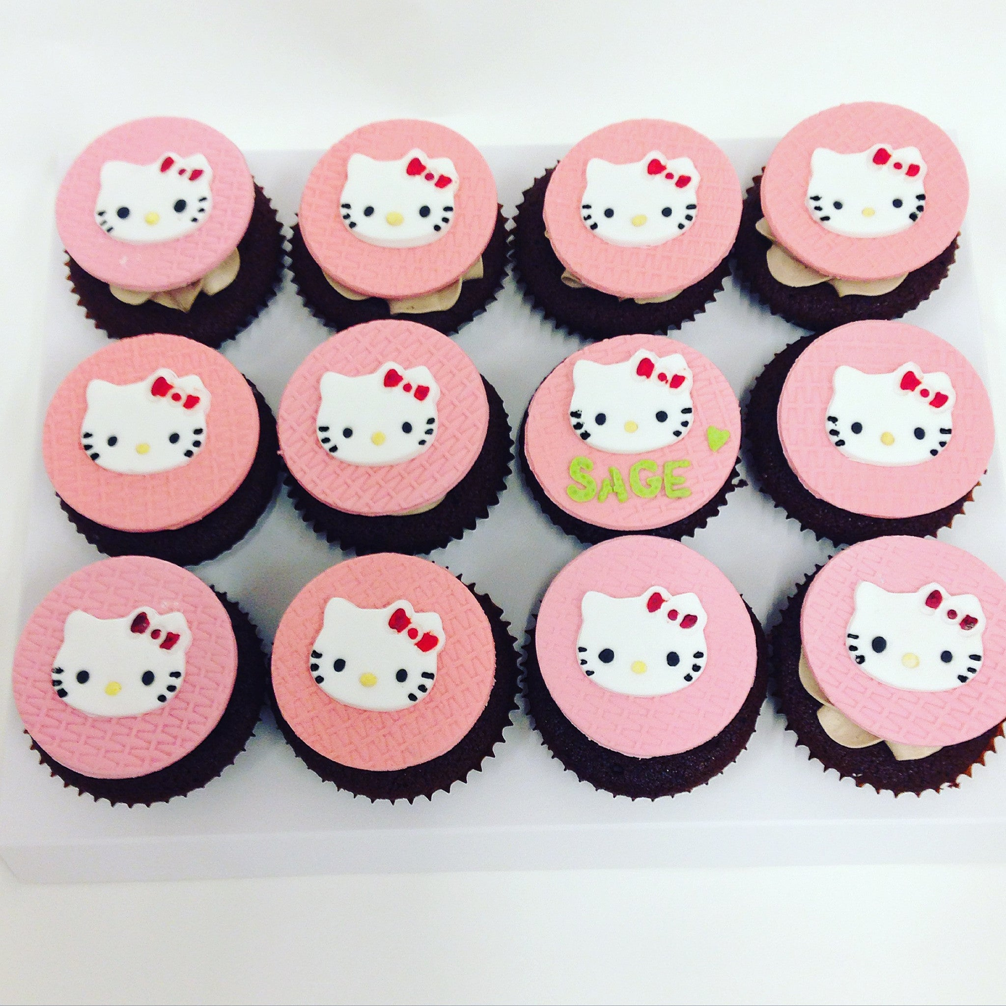 Hello Kitty Cupcakes 25grams