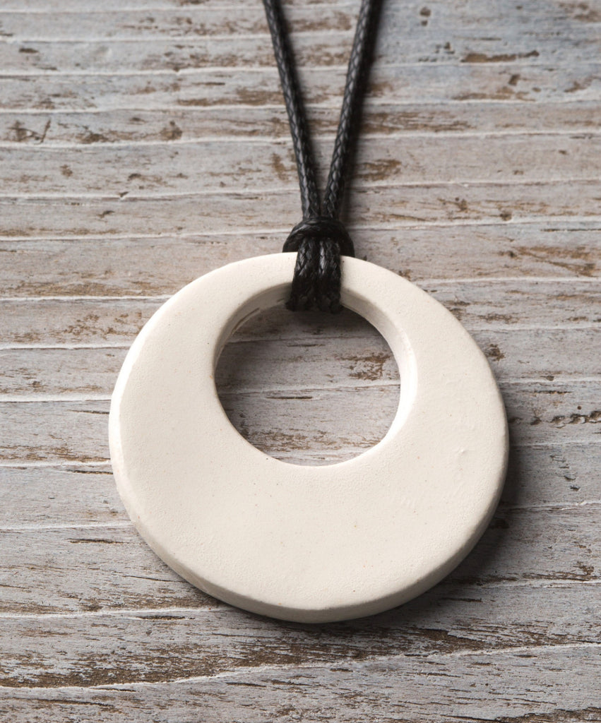 White Simple Hoop Essential Oil Necklace