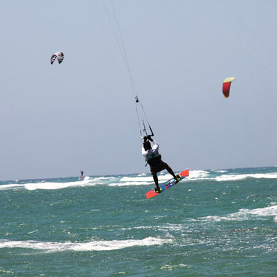 Kitesurfing like a Pro: Start with these awesome tips