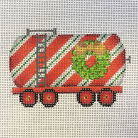 Train - Tank Car with Wreath
