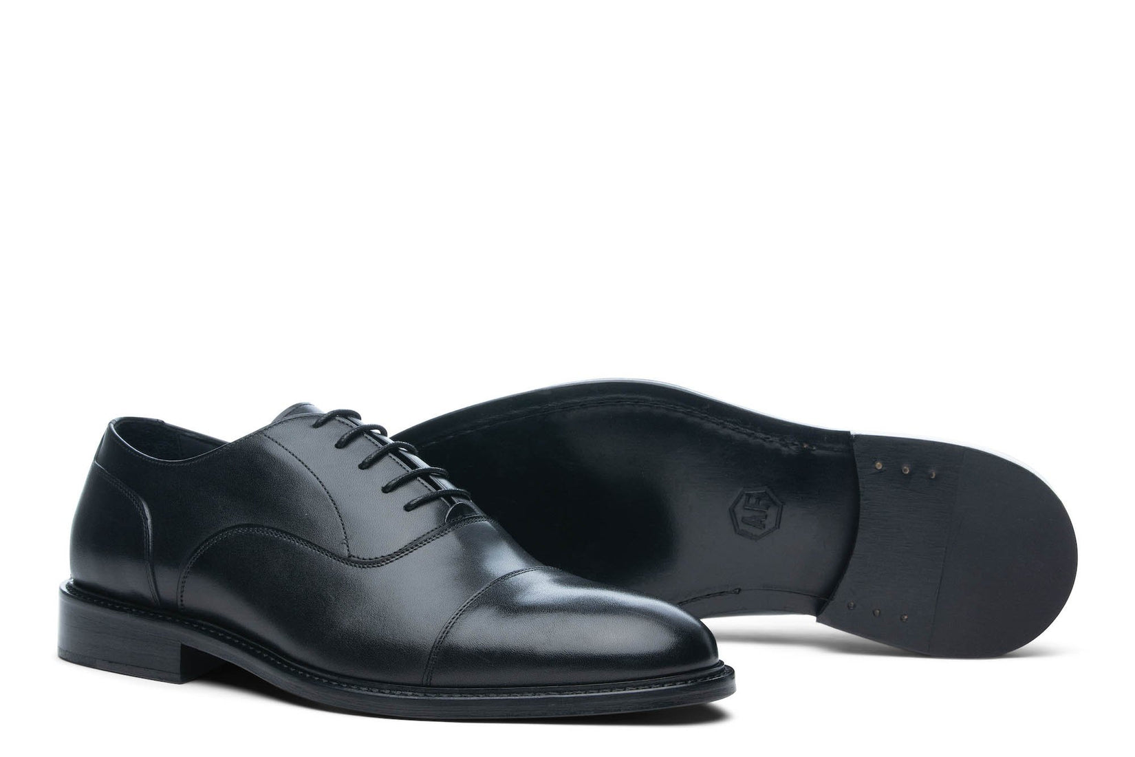 Monday Cap Toe Black