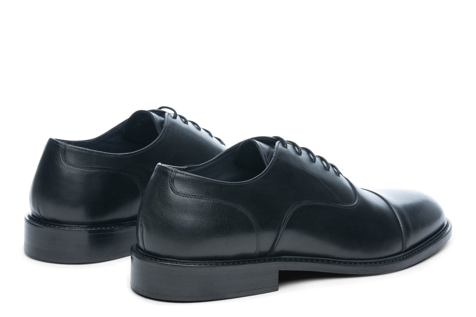 Monday Cap-Toe in Black