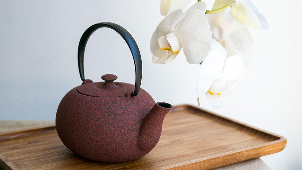 Wazuqu Fuku Small Cast-Iron Teapot