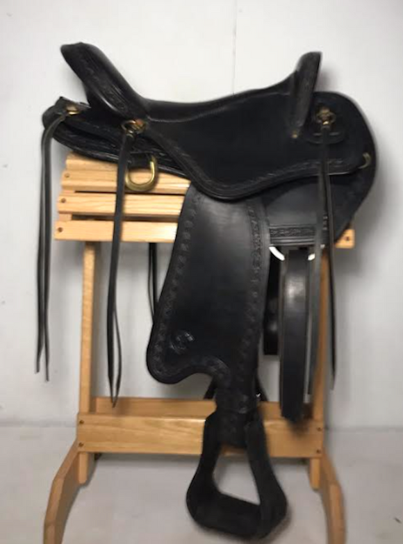 Big Horn Excursion Endurance/Trail Saddle w Sil-Cush 17 inch - [product_type} - Hamps Saddle & Tack