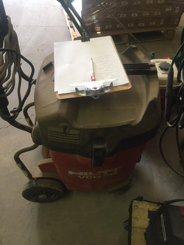 MILWAUKEE HEAVY DUTY VACUUM