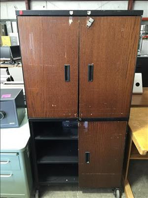 Metal Storage Cabinet (Cabinet is missing 1 door) #41595