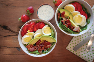 BACON & STRAWBERRY BREAKFAST SALAD