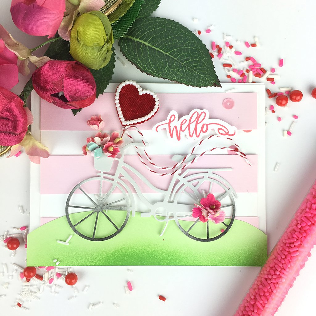 DI607 Bicycle with Basket Fancy Die (C)