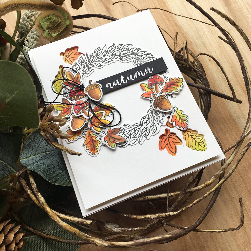 DI695 Autumn Wreath Frame Cuts (C)