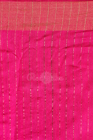 Rust Matka Saree With Golden Temple Border