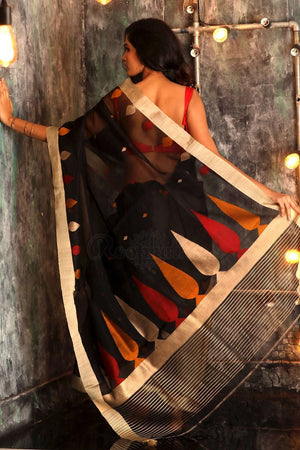 Black Handloom Silk Saree With Woven Pallu Kriti Classics Roopkatha - A Story of Art