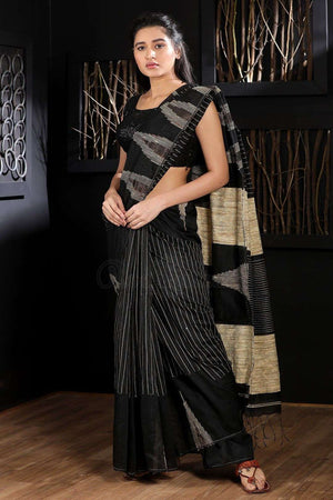 Black Blended Cotton Saree With Thread Stitch Akasha Roopkatha - A Story of Art