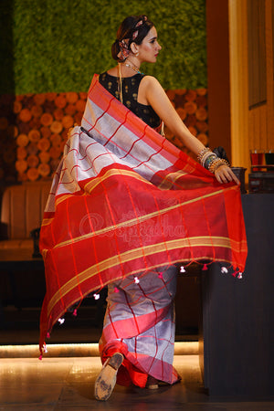 Smoke Grey Blended Cotton Saree With Checkered Patterns