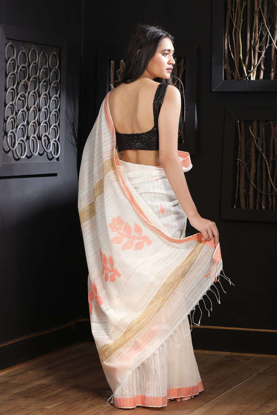 White Blended Cotton Saree With Pink Border Akasha Roopkatha - A Story of Art
