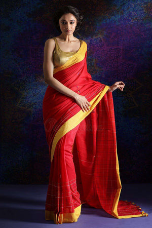 Red Pure Cotton Saree With Thread Stitch