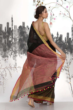 Black Half & Half Blended Matka Saree With Checkered Design