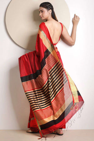 Red Blended Cotton Saree With Plain Border